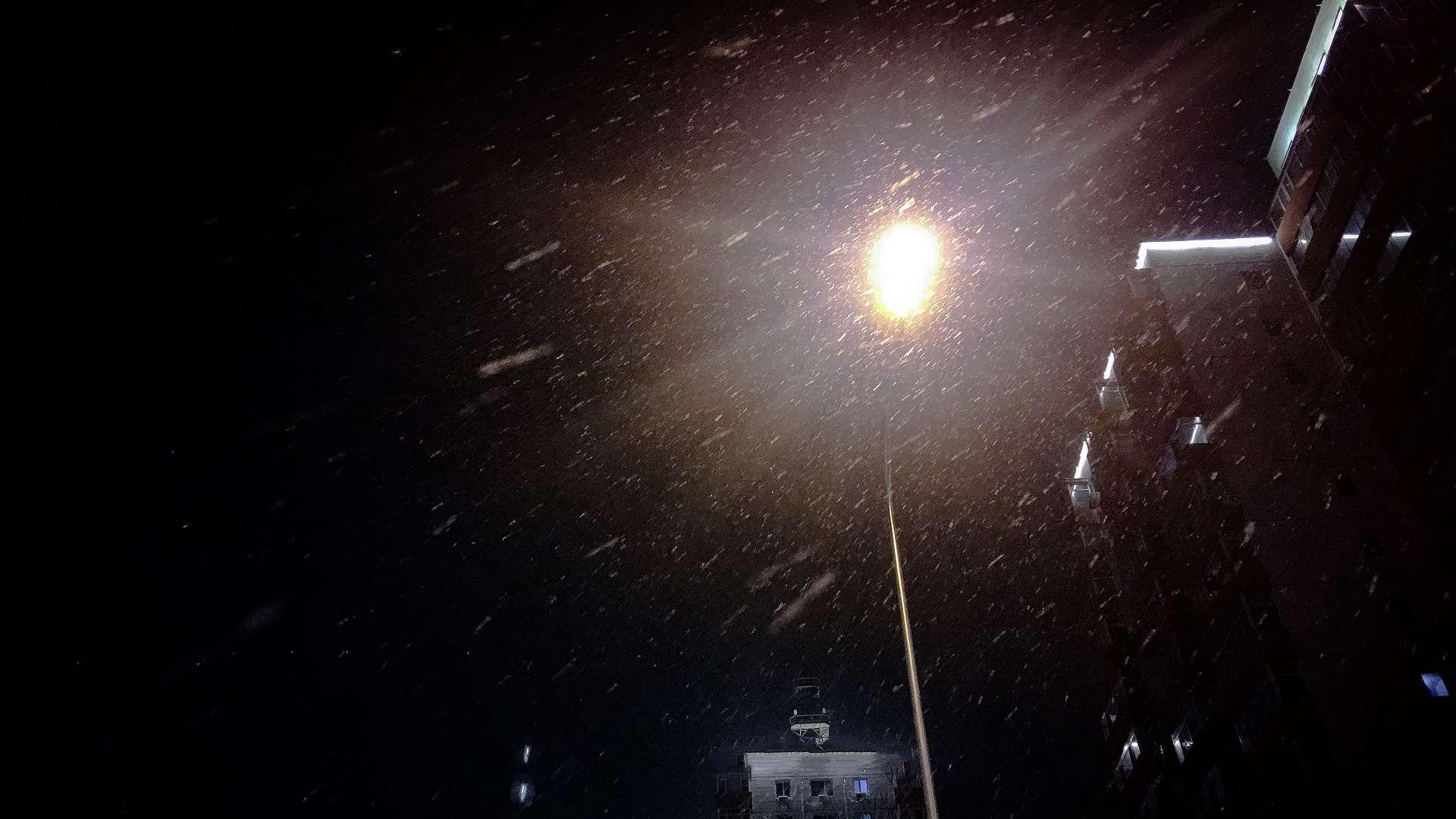 039. 在漫长的冬天等待雪 | 开小差